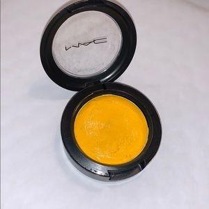yellow cream mac pigment